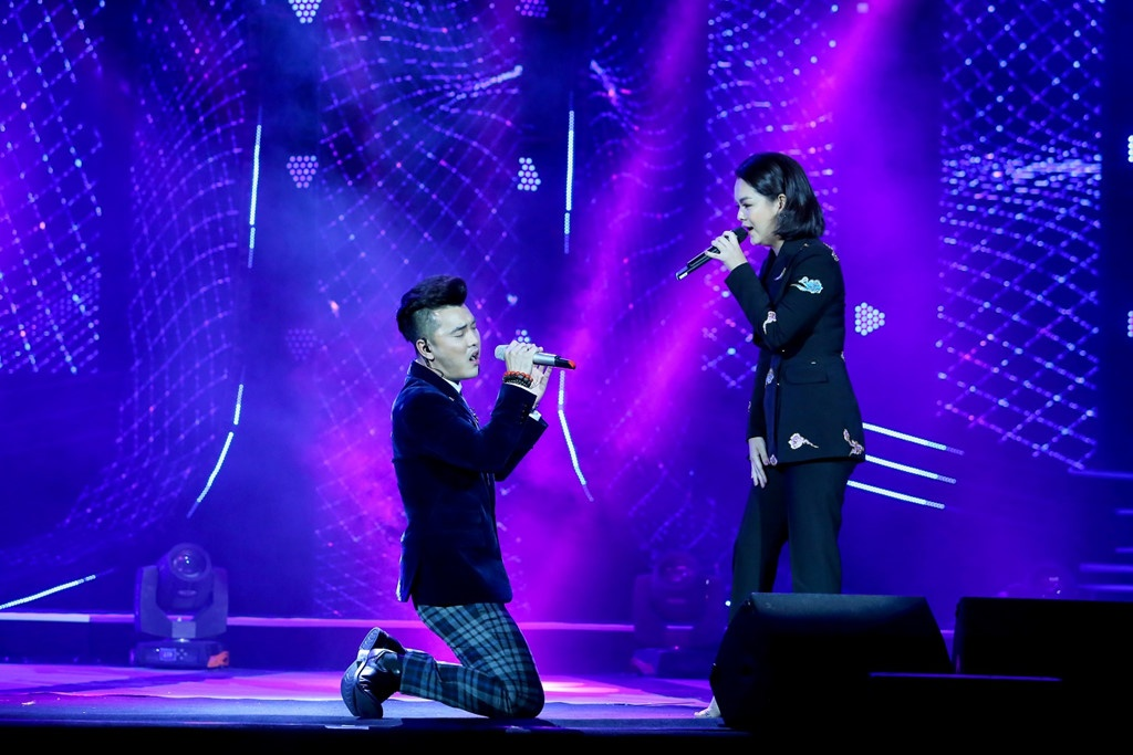 Nuoc mat kho quen trong nhung live show de doi o Cung Van hoa Viet Xo hinh anh 7