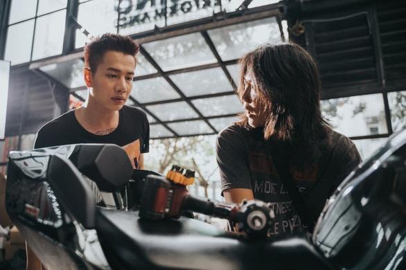'La ban khong the yeu' cua Lou Hoang: Tinh tay ba cu ky hinh anh 3