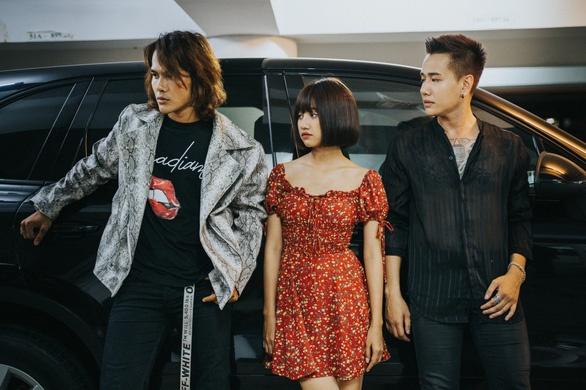 'La ban khong the yeu' cua Lou Hoang: Tinh tay ba cu ky hinh anh 1