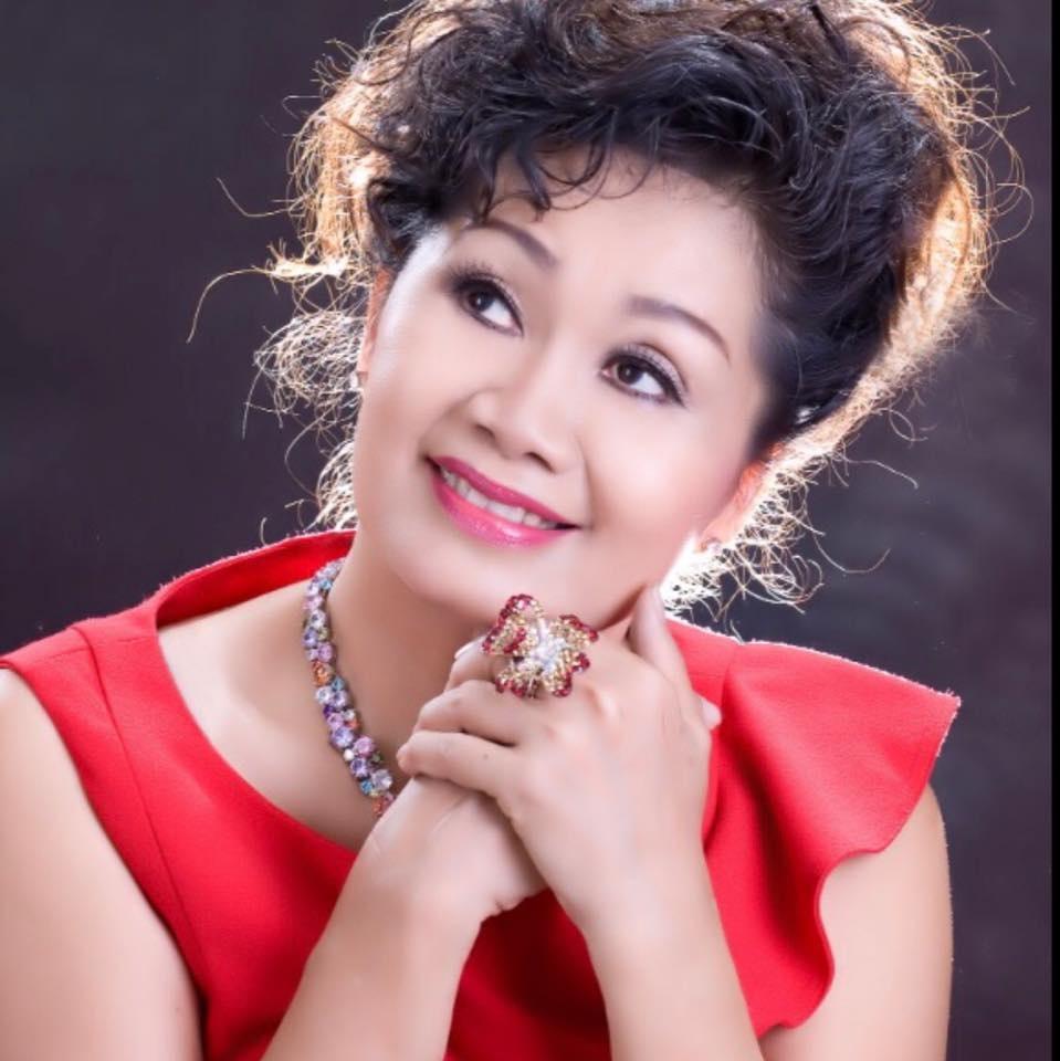 Thanh Bach - Xuan Huong hau ly hon: 'An mieng tra mieng' lieu co hay? hinh anh 3