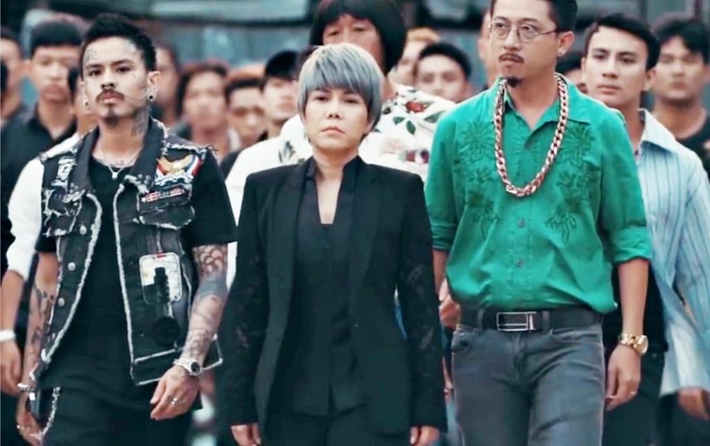 Vi sao web drama giang ho, bao luc cua nghe si Viet chet tren YouTube? hinh anh 2 viet-huong-ke-chuyen-qua-khu-chi-dai-trong-phim-moi-ty-dong-3.jpg
