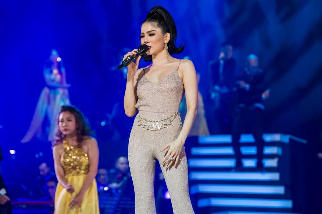Le Quyen hau dong cung me trong live show hang chuc ty dong hinh anh 9 IMG_3487.JPG