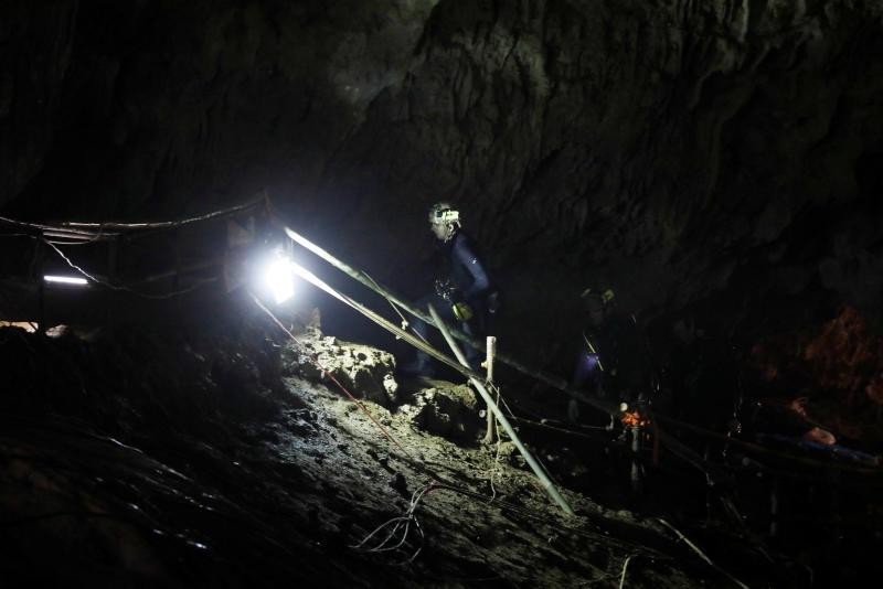 Thai Lan don trong cua hang Tham Luang, san sang don doi bong nhi hinh anh 4
