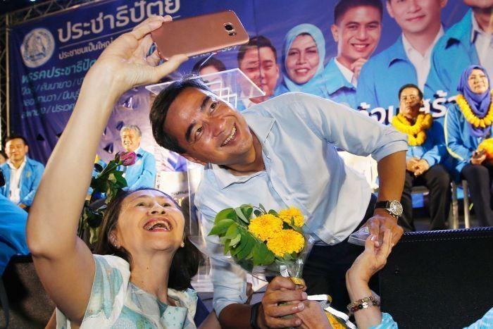 bau cu Thai Lan anh 3