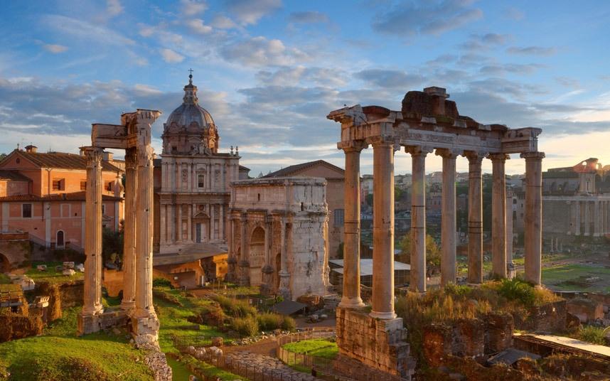 Top 10 thanh pho dep nhat the gioi hinh anh 10 Rome, Italy: Quy mô và kiến trúc của những di tích nổi tiếng như đấu trường La Mã, đền Pantheon… khiến Rome trở thành một trong những thành phố đẹp và cổ kính nhất thế giới.