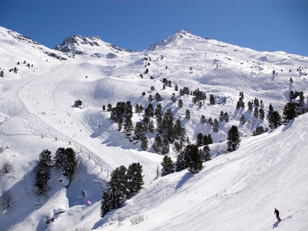 Nhung dieu dang tiec neu bo qua khi den Phap hinh anh 7 Trượt tuyết ở Val d'Isère hay Courchevel.