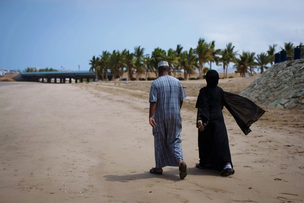 Vuong quoc Oman: Tham vong hut tour du lich xa xi hinh anh 12