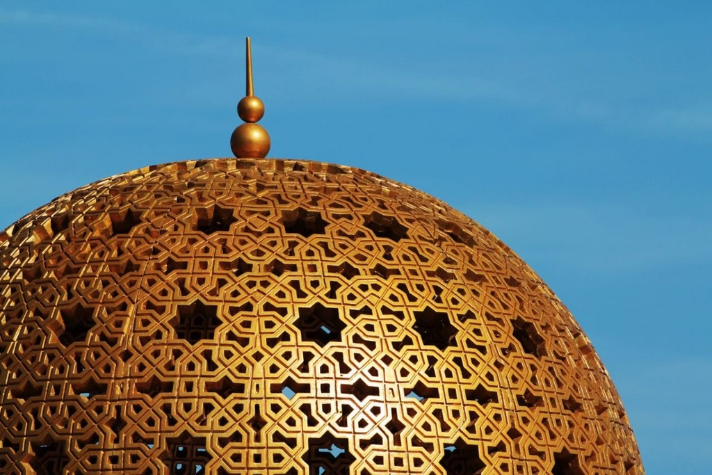 Vuong quoc Oman: Tham vong hut tour du lich xa xi hinh anh 2