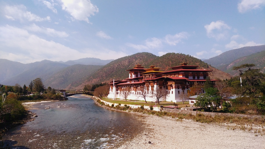 Den Bhutan tim phan con lai cua thien duong hinh anh 7