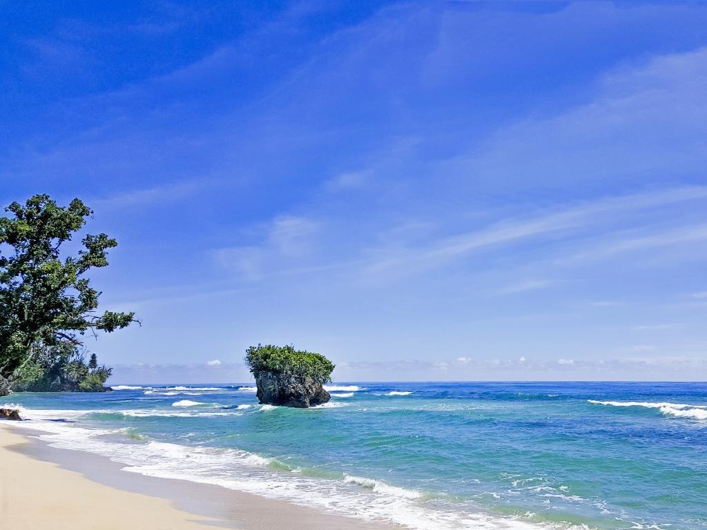 Khong den Bali, Indonesia van con nhieu dia diem de du khach kham pha hinh anh 10