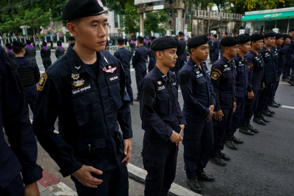 Thai Lan dieu dong gan 3.000 canh sat doi pho bieu tinh hinh anh 10