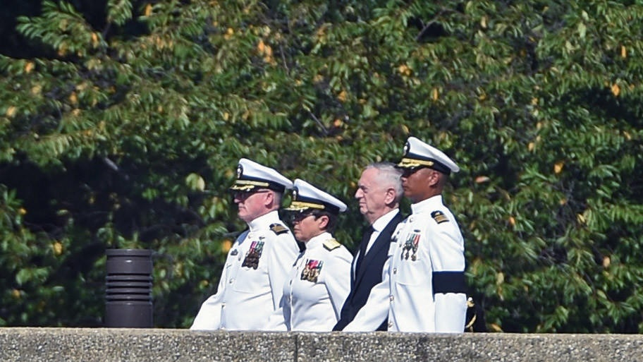 Hanh trinh cuoi cung cua John McCain - an nghi canh nguoi ban than hinh anh 6
