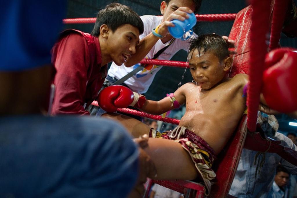 Dau si nhi Thai Lan: Thuong dai tu 8 tuoi, uoc mo doi doi hinh anh 9