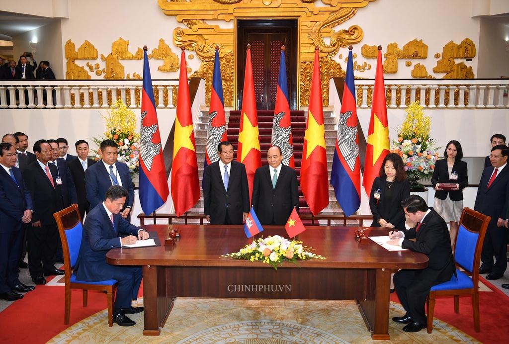 Thu tuong Nguyen Xuan Phuc hoi dam anh 3