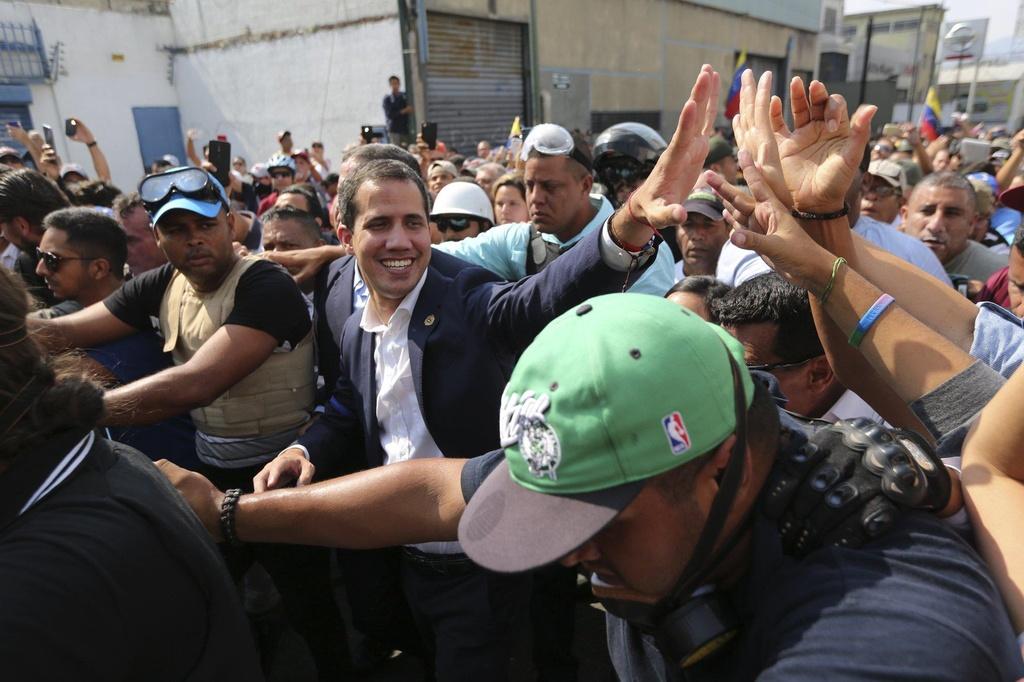 Phe doi lap Venezuela kha nang that bai voi 'canh bac' dao chinh hinh anh 1
