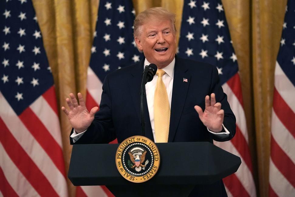 Trump ngua bai tranh cu anh 1