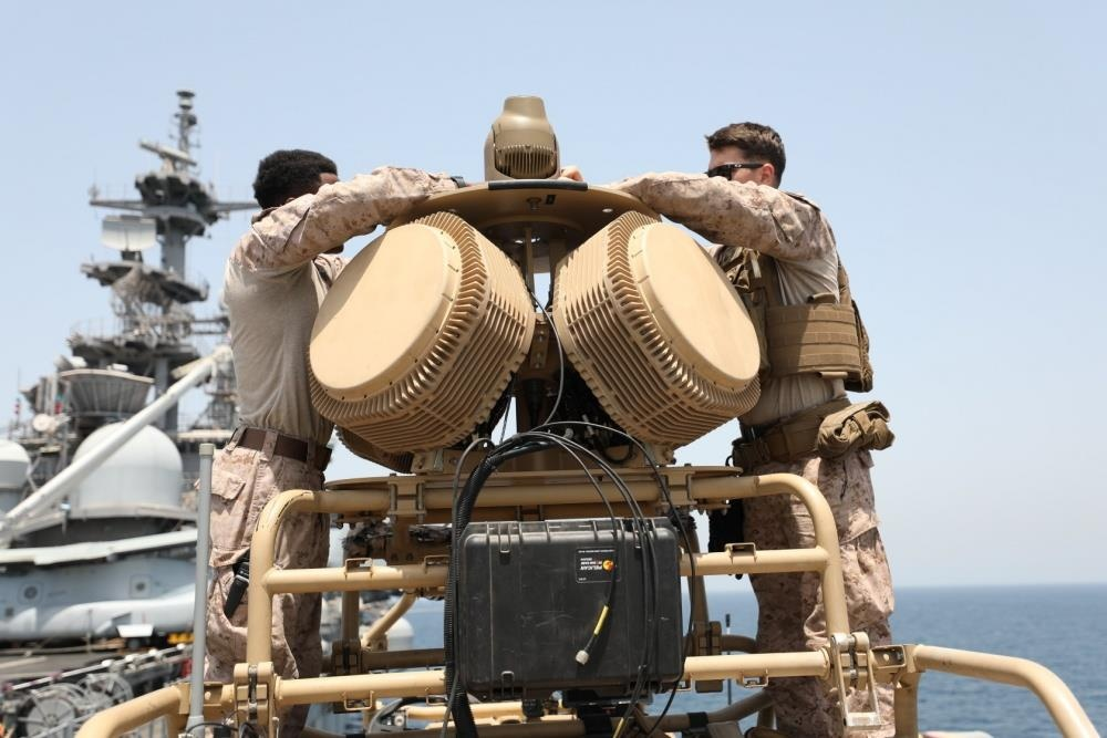 'Mat than' giup chien ham My pha huy 'drone Iran' tren eo bien Hormuz hinh anh 5
