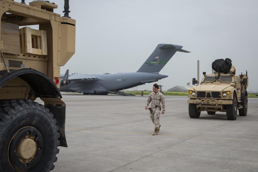 'Mat than' giup chien ham My pha huy 'drone Iran' tren eo bien Hormuz hinh anh 4