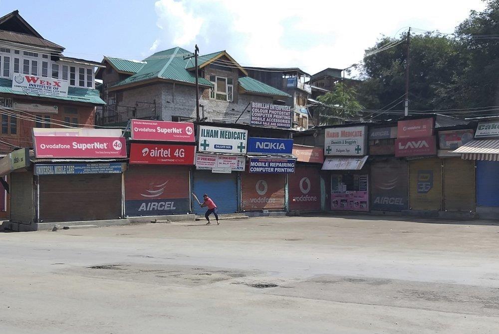 An Do thiet quan luat tai Kashmir, dan song canh 'dem bien thanh ngay' hinh anh 2