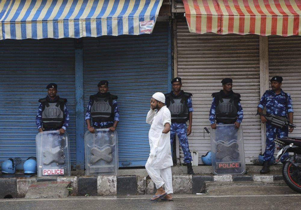 An Do thiet quan luat tai Kashmir, dan song canh 'dem bien thanh ngay' hinh anh 7