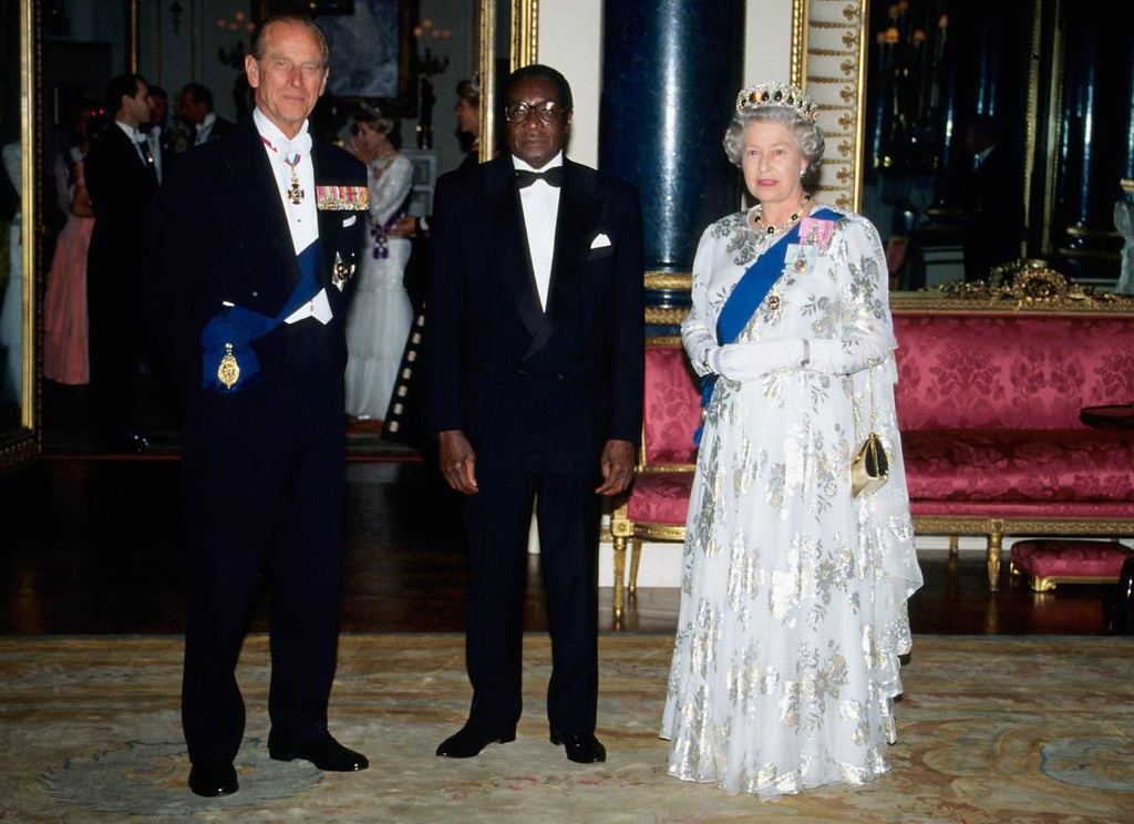 cuu tong thong Robert Mugabe anh 8