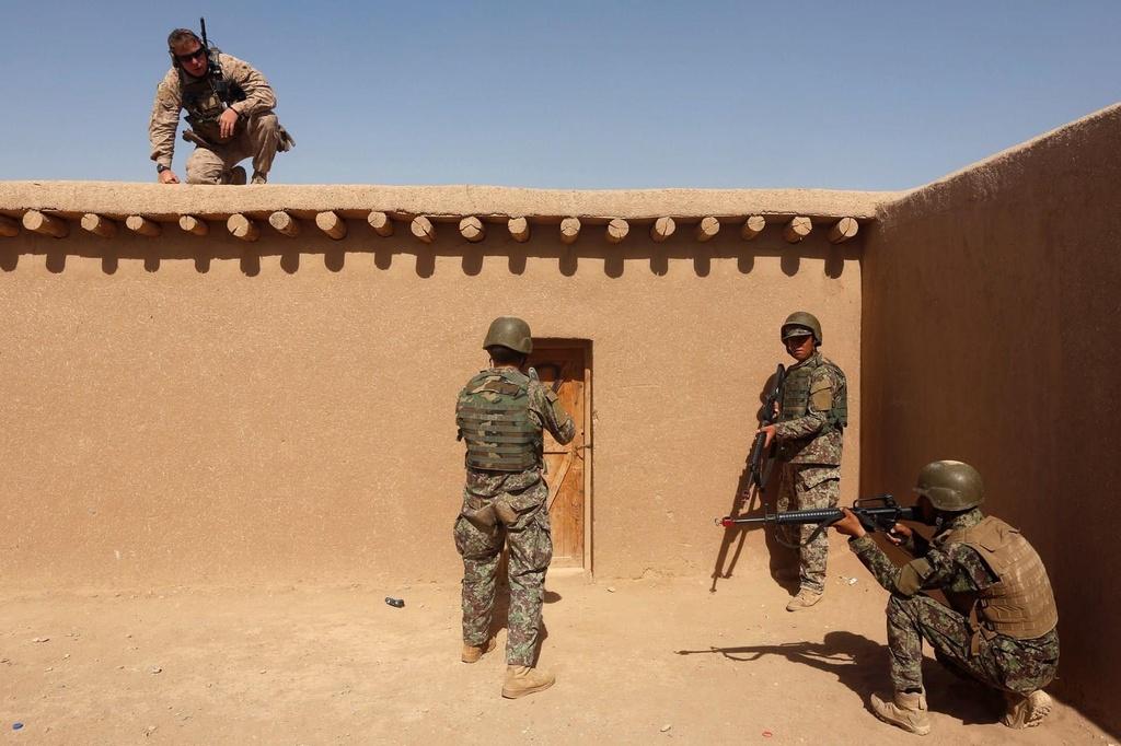 18 nam My sa lay o chien truong Afghanistan, hon 2.400 quan tu tran hinh anh 13