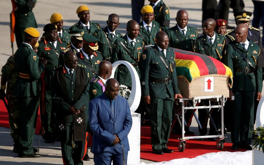 Linh cuu cuu TT Mugabe anh 2