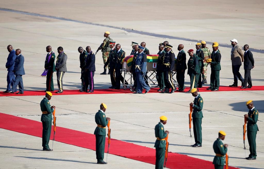 Linh cuu cuu TT Mugabe anh 3