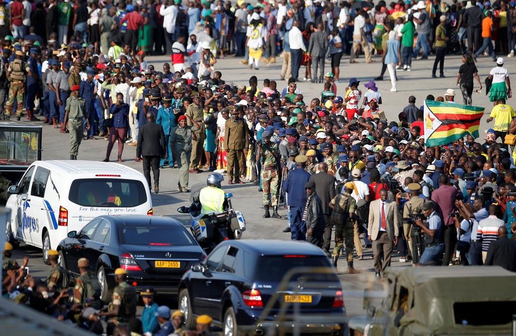 Linh cuu cuu TT Mugabe anh 4