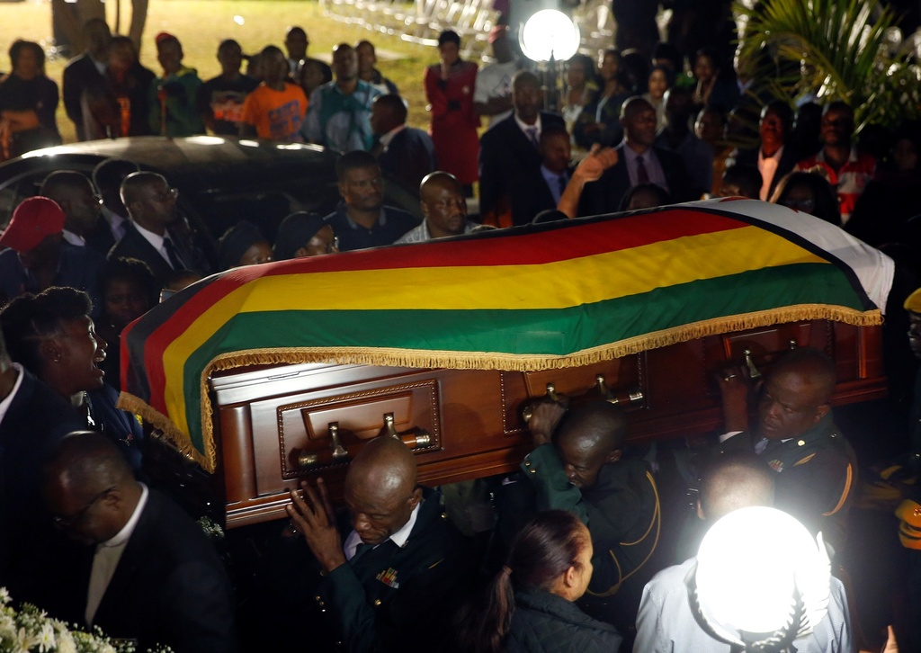 Linh cuu cuu TT Mugabe anh 10