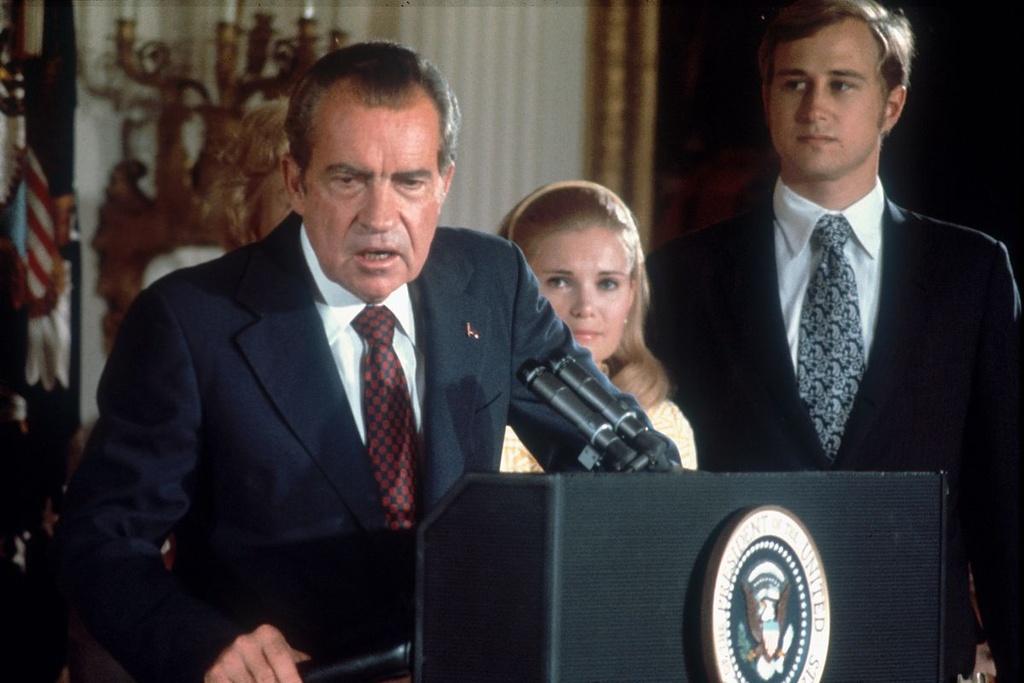 Clinton, Nixon va nhung cuoc dieu tra luan toi chan dong o My hinh anh 13