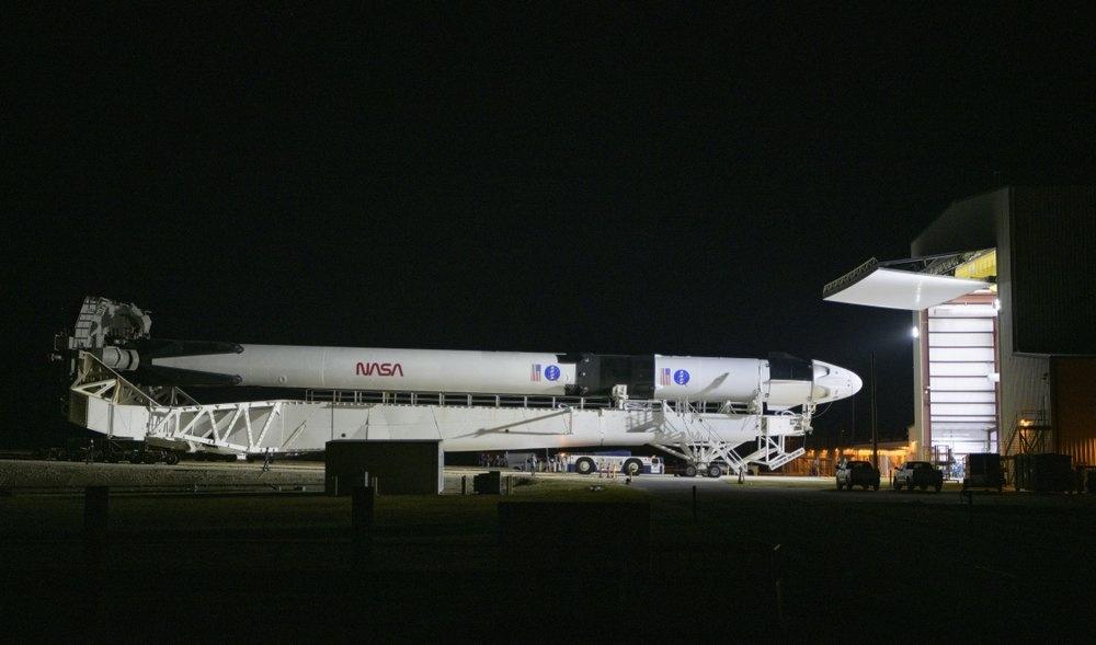 SpaceX tat tay cho chuyen bay lich su anh 12