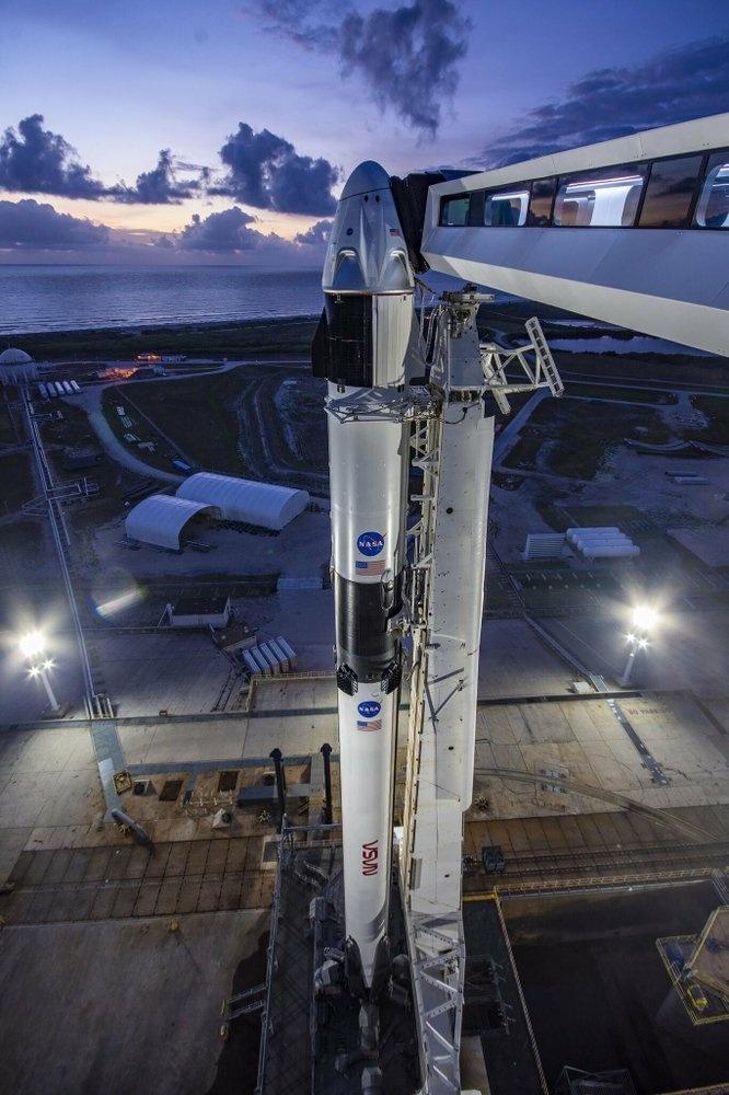 SpaceX tat tay cho chuyen bay lich su anh 10