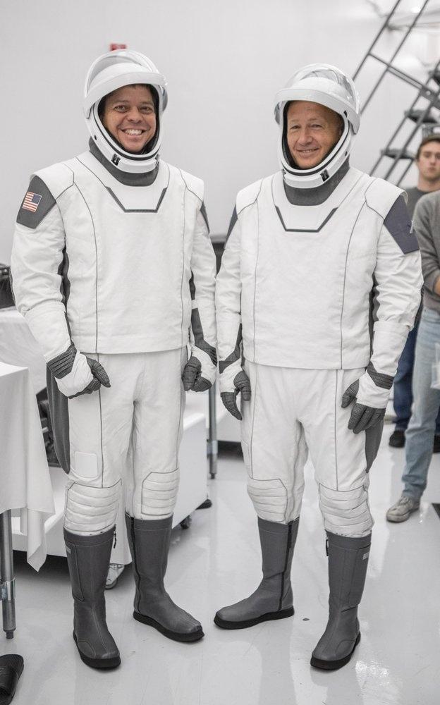 SpaceX tat tay cho chuyen bay lich su anh 5