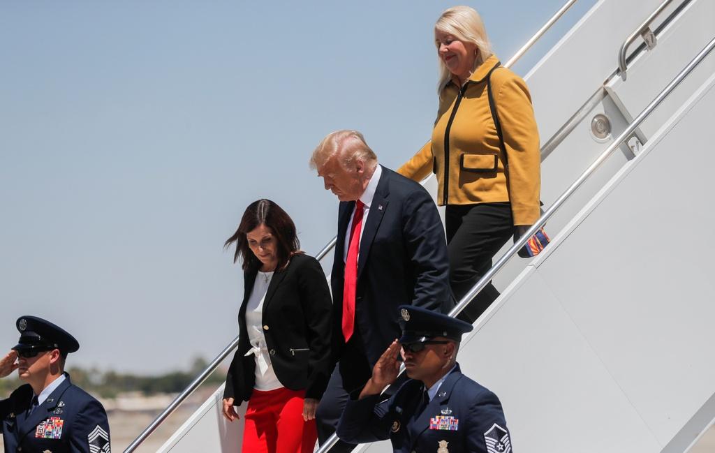Trump tham tuong bien gioi anh 1