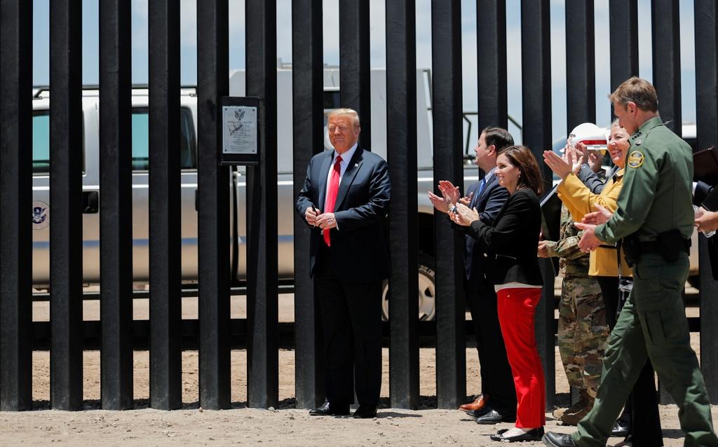 Trump tham tuong bien gioi anh 3