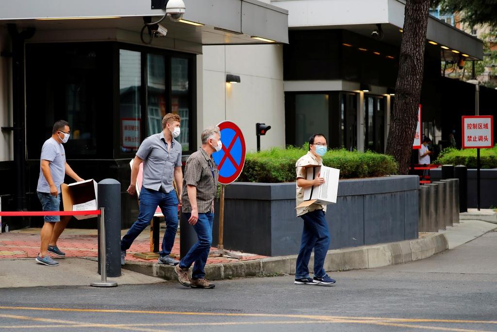 Trả lời Reuters, một số người dân tại Thành Đô lo ngại căng thẳng Mỹ - Trung tiếp tục leo thang trong thời gian tới.