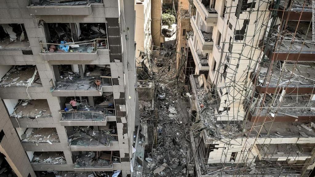 Vu no rung chuyen Beirut anh 13