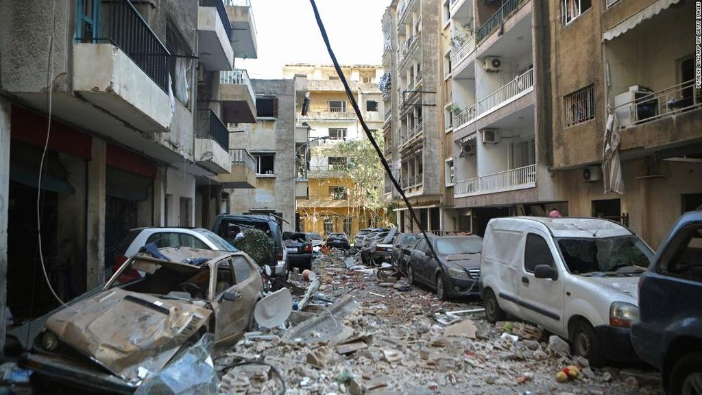 Vu no rung chuyen Beirut anh 14