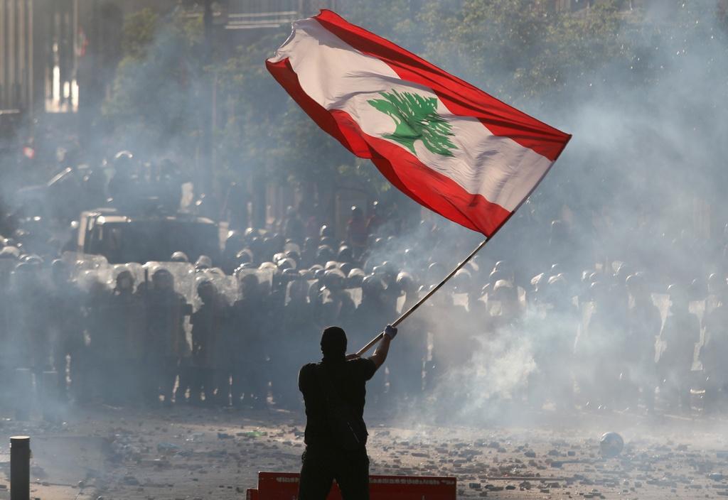Bieu tinh rung chuyen thu do Lebanon anh 12
