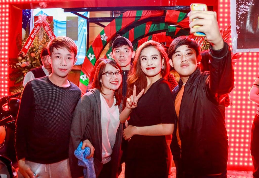 Hoang Thuy Linh bieu dien loat hit EDM tai Da Lat hinh anh 7