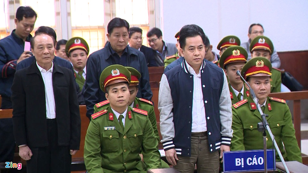 Hai cuu thu truong Bo Cong an bi de nghi 30-42 thang tu hinh anh 2