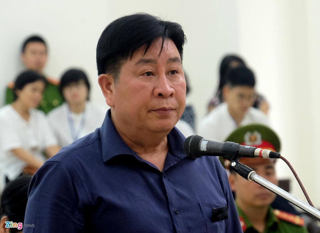 """Vu """"Nhom"""" xin loi 2 cuu Thu truong Cong an anh 2"""