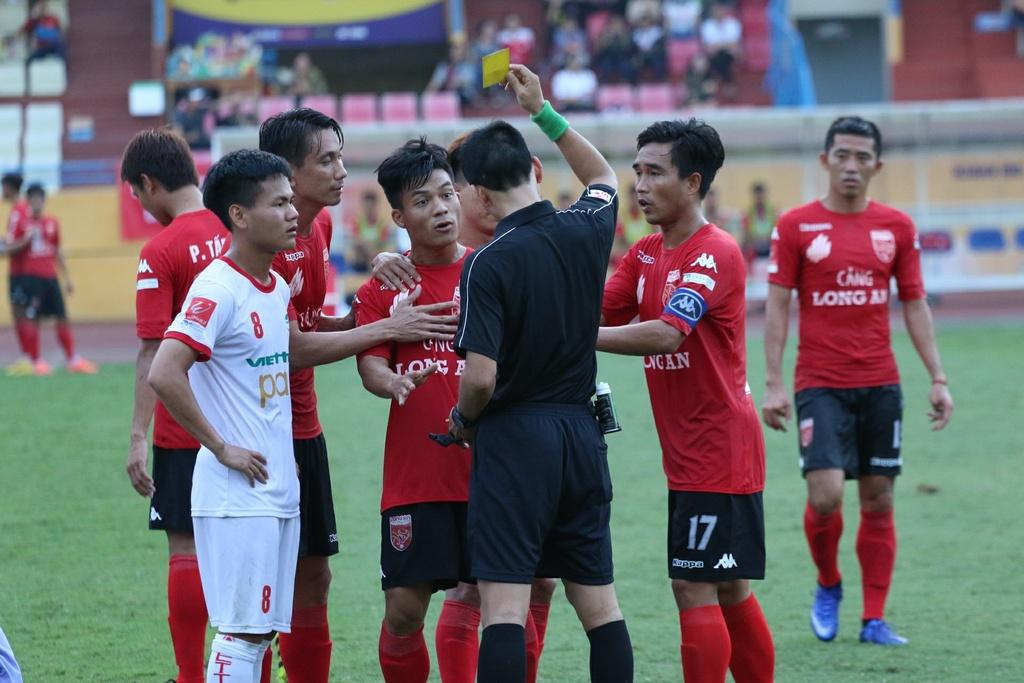 Quoc Vuong: The he toi tung tu hao khi 'an chan' nguoi khac hinh anh 2
