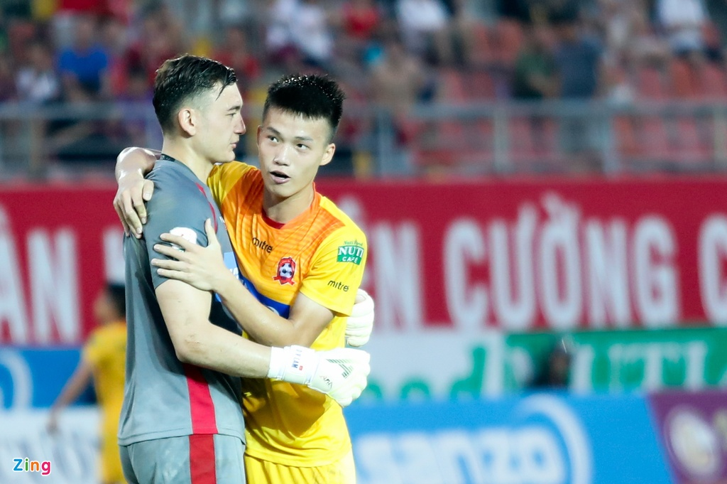 Dung coi thuong Bui Tien Dung o U23 Viet Nam anh 4
