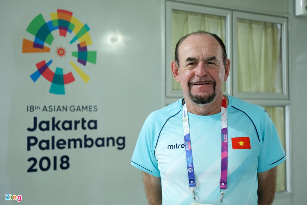 'Phu thuy' Donnelly Joseph: Se o ben rowing Viet Nam den ngay toi chet hinh anh 1
