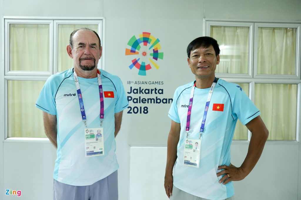 'Phu thuy' Donnelly Joseph: Se o ben rowing Viet Nam den ngay toi chet hinh anh 2