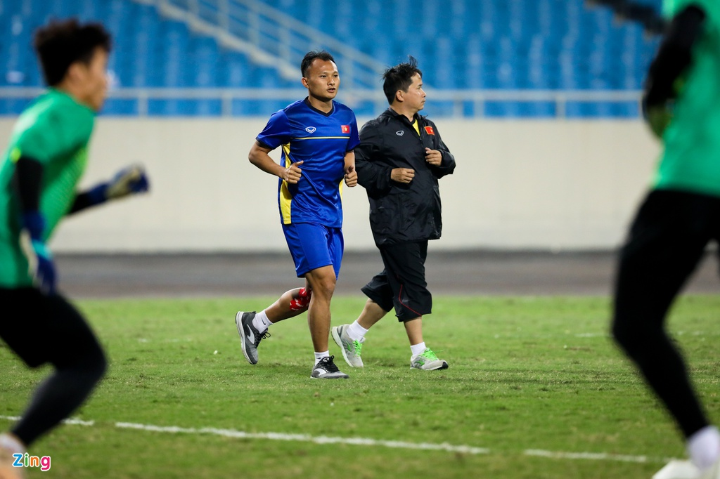 Duc Huy cho Xuan Truong hit khoi anh 7