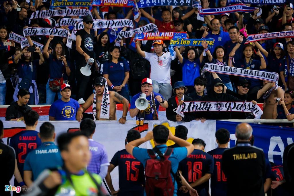 CDV Thai gat noi dau, o ben canh U23 Thai Lan toi phut cuoi cung hinh anh 1