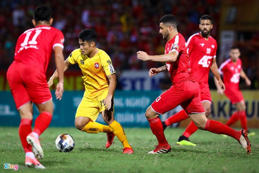 Sao U23 Viet Nam ngan dong doi vao trong tai anh 1